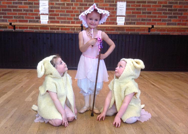 potten-end-ballet-school-little-bo-peep